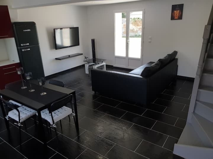 Appart 65 m² Jardin + Parking 6 personnes Anthon
