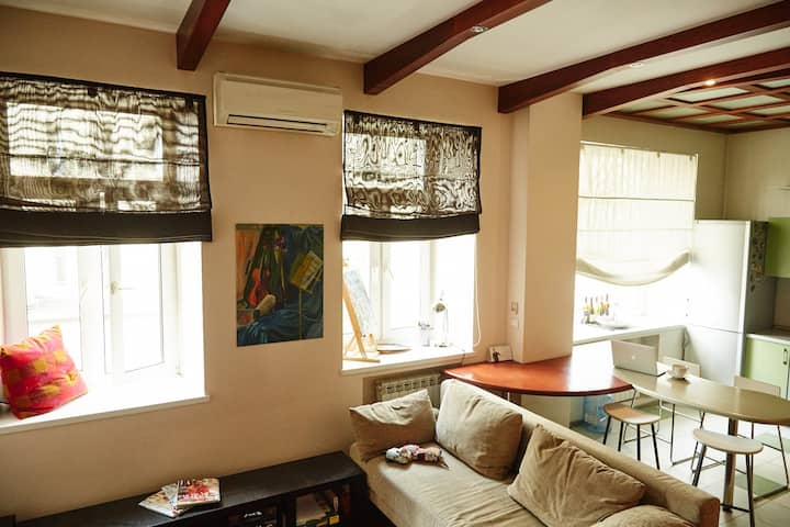 Stylish & cozy studio in the center of Moscow