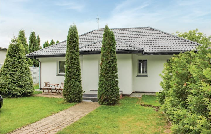 Nice home in Nowe Warpno with 2 Bedrooms and WiFi