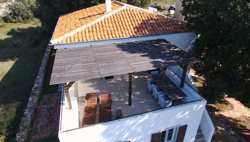 35m2 terrace facing sunset