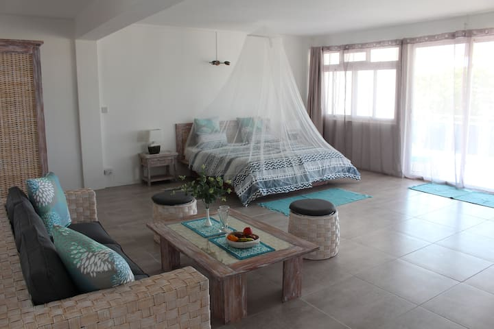 Morne Side Apartments No. 3 First Floor Sea View
