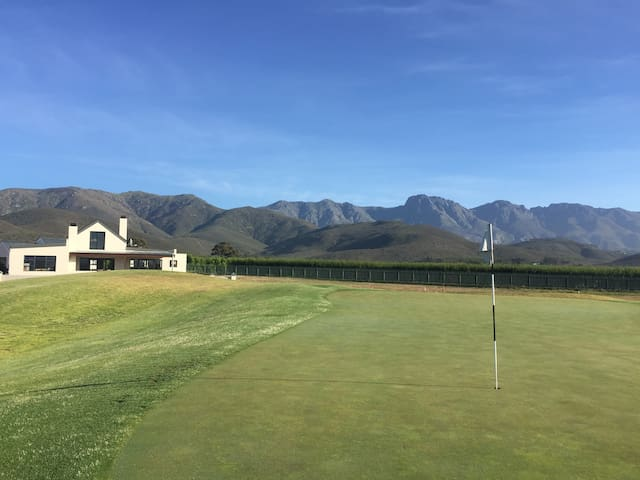 Muscat Manor on Silwerstrand Golf Estate
