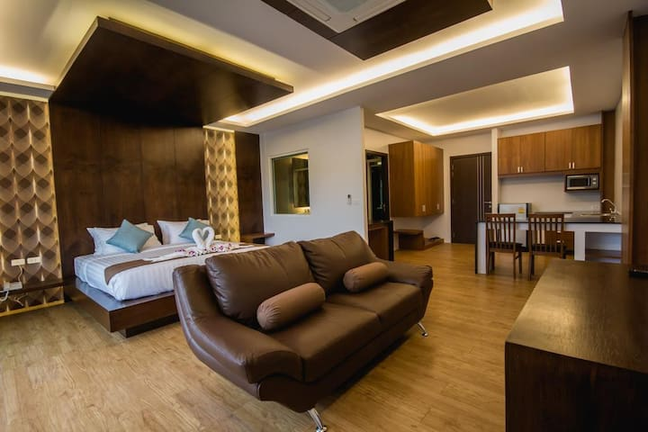 Luxury Room (3rd Floor)