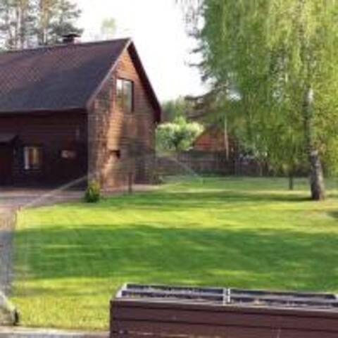 Licisu family house