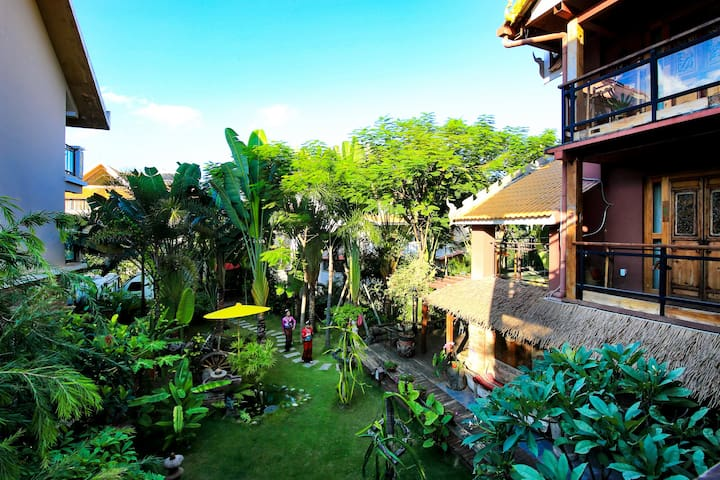 Tropical Villa露台大床房/免费接送机停车含早餐/设计师艺墅 纯东南亚风情超大双花园