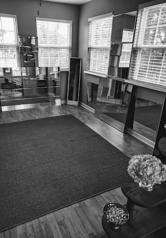 Yoga/exercise space.