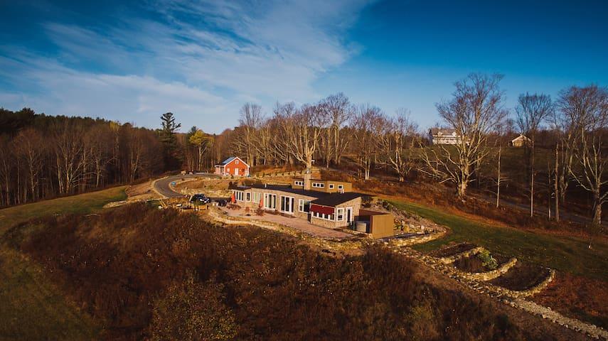 13 Hills - A Unique Earth-Sheltered Destination