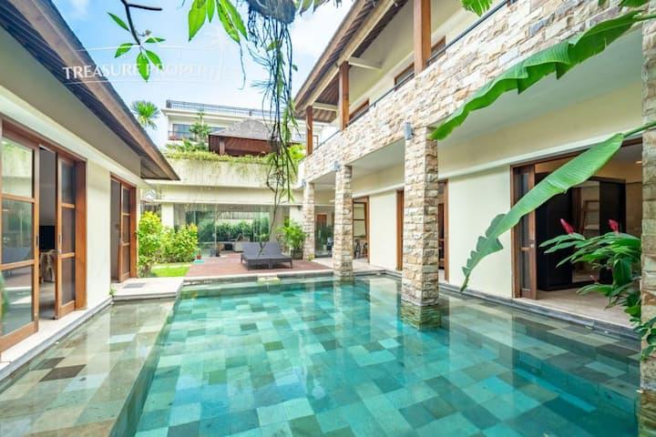 [70% Off] Beautiful Luxury Villa Near Beach