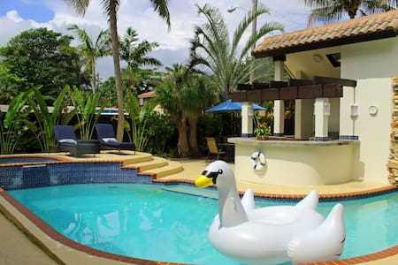 Ideal Getaway: Birch Beach Villa - Fort Lauderdale