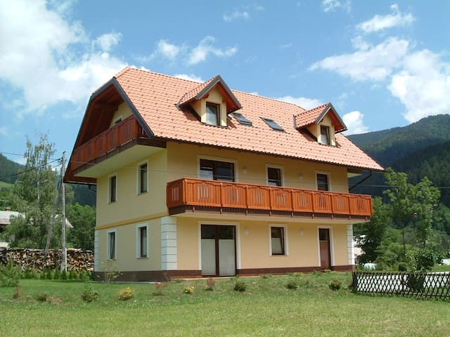 Villa Planina, Kranjska Gora, right - Rateče - Apartmen