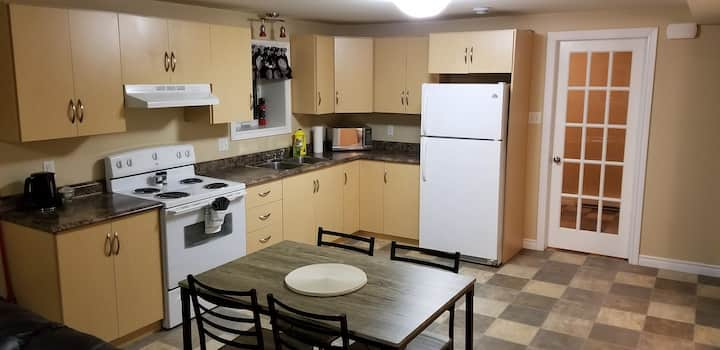 1 Bedroom Apt in Center City!