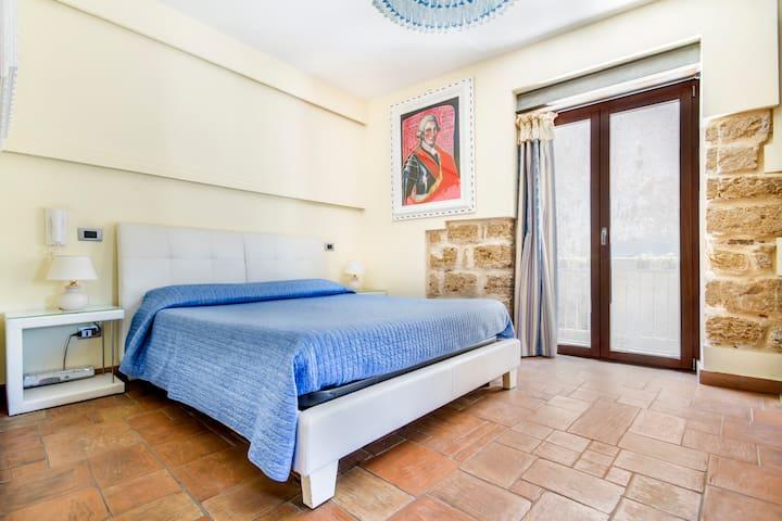 HOOTEL DUOMO MONREALE - Monreale - Bed & Breakfast