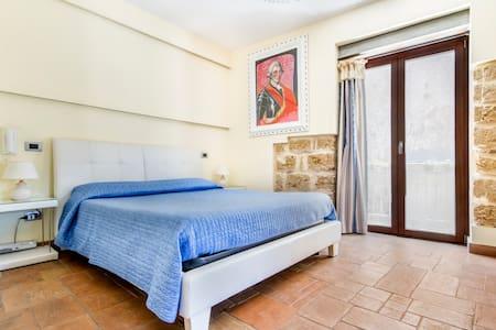 HOOTEL DUOMO MONREALE - Monreale