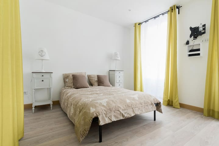Charming Flat at Bastille - BAIL MOBILITE