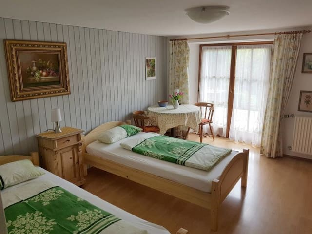 Holiday apartment Achraintal 4 with Balcony & Wi-Fi; Parking Available, Pets Allowed