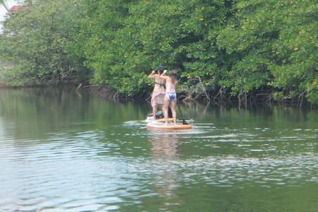 Otres Marina Bungalow+beach+kayaks+bikes+breakfast - Krong Preah Sihanouk - Bungalow
