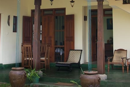 Villa 63 - Colombo - stnd Triple Non AC - Colombo - Bed & Breakfast