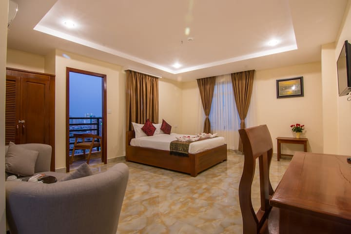Deluxe Double with Balcony - Phnom Penh - Andere