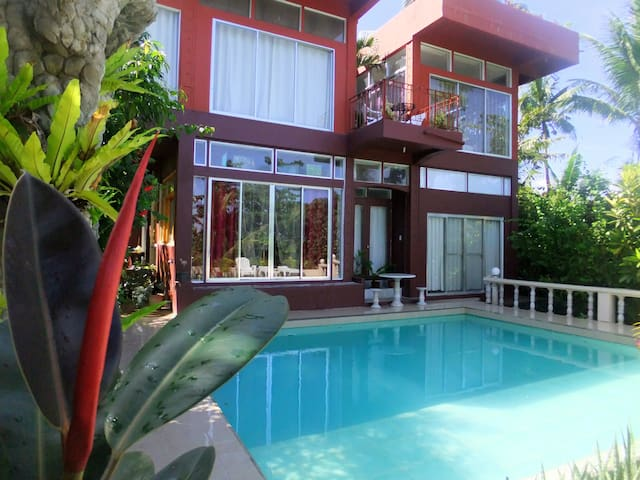 Eden Villa 4 Bedroom Villa 900 meters to Station 3 - PH - Villa