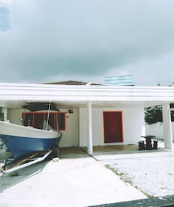 Homestay Bangalo   Pantai Dickson