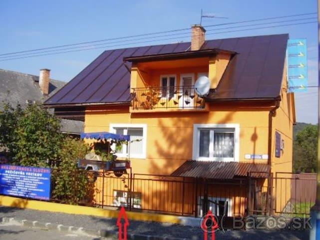 Jednoduché ubytovanie - Prešov - Leilighet