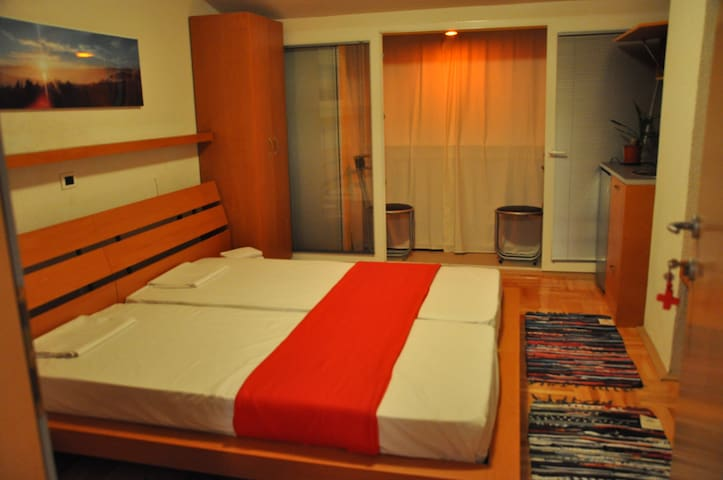 Modern studios in Ohrid 4 (The red studio)