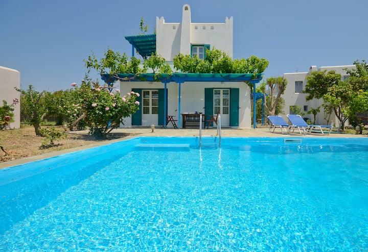 Villa Delona with Private Pool - 2 Bedrooms