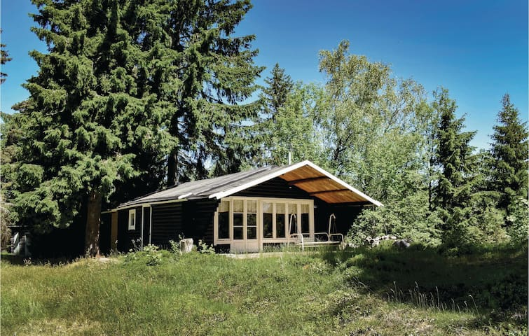 Holiday cottage with 2 bedrooms on 55m² in Månsarp