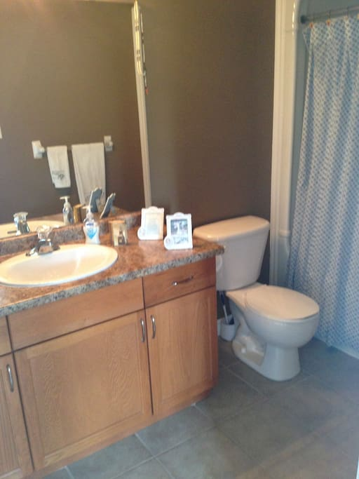 Room For Rent Ancaster