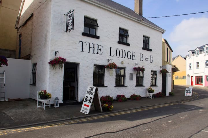 The Lodge B&B Clifden 2