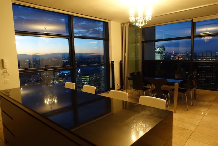 Spectacular views 3bdr Penthouse!! - Sidney - Daire