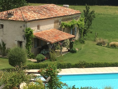 House, pool & stunning tranquil gardens
