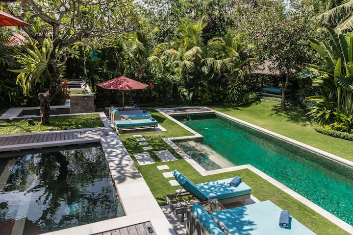 Stunning Garden Villa 1 Surrounded by Rice Paddies