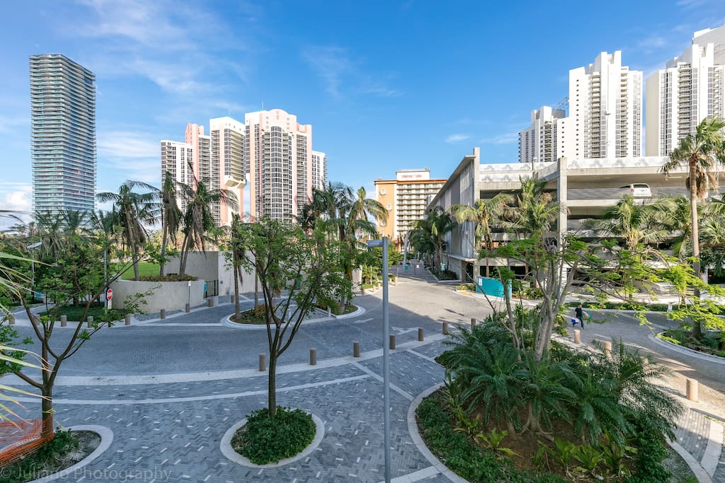 2 2 miami sunny isles at ocean reserve 6 guests apartments for rent in sunny isles beach. Black Bedroom Furniture Sets. Home Design Ideas