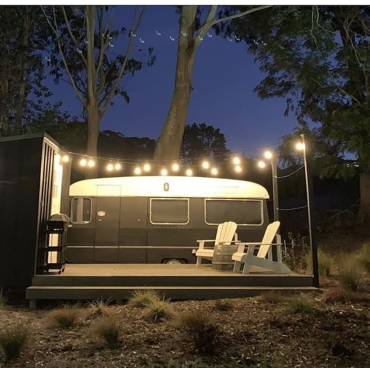 Unique Self Contained  Countryside Glamping