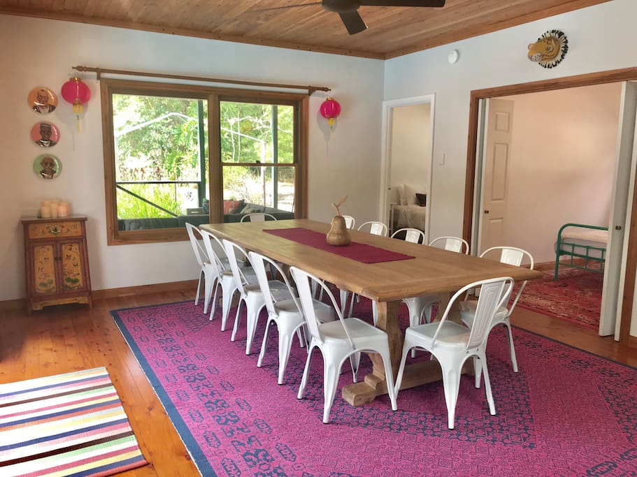 We comfortably accommodate 12 at the dining table!