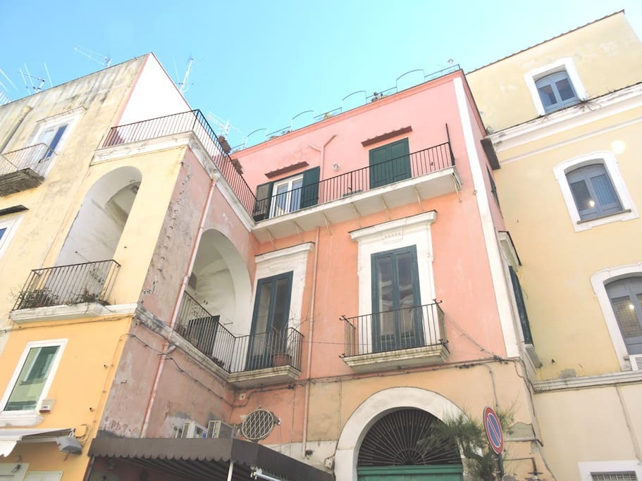 02 centro storico di Ischia Ponte