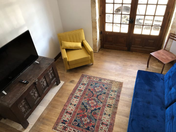 Super terrace with views, location near everything