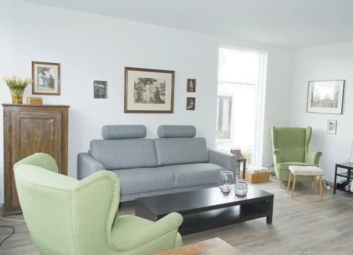 Single bedroom gray