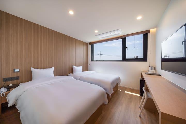 Aroomi Hotel 트윈2인실