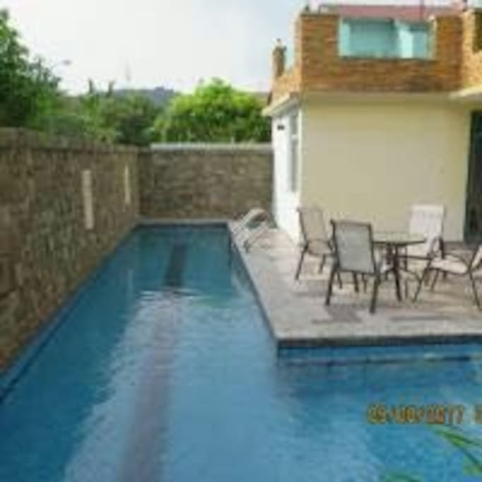 Private swimming pool house to legoland and aeon houses for rent in gelang patah johor malaysia for Private swimming pool malaysia