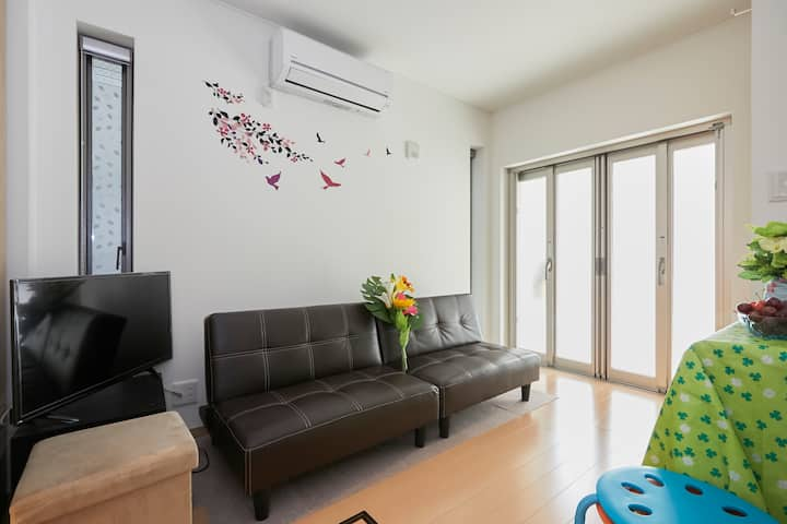 Good locate/station 2min walk*wifi*new built house