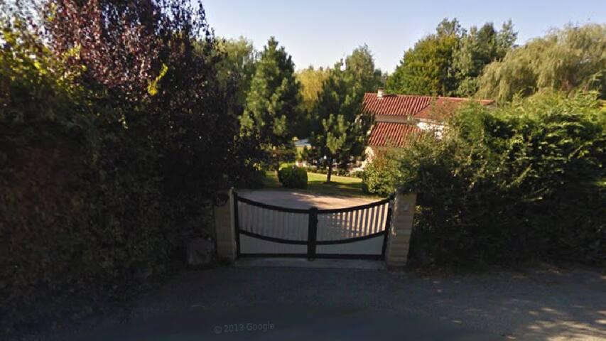Belle maison en campagne - Saint-Bonnet-les-Oules