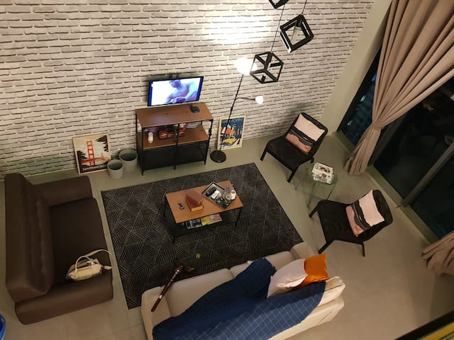 Duplex studio LOFT EMPIRE CITY DAMANSARA PERDANA