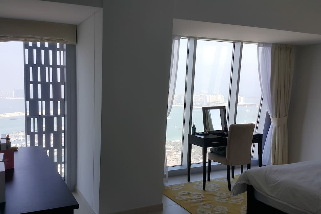 Spacious Master Bedroom with full view of the Palm Jumeirah