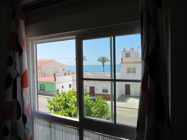Fabuloso Apartamento en 2ª Linea de Playa + Parkin