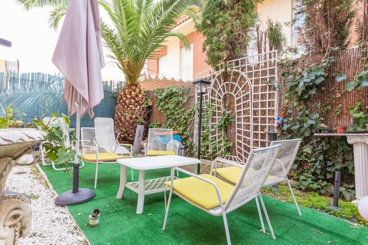 Habitación privada con baño privado - Numancia - Casa