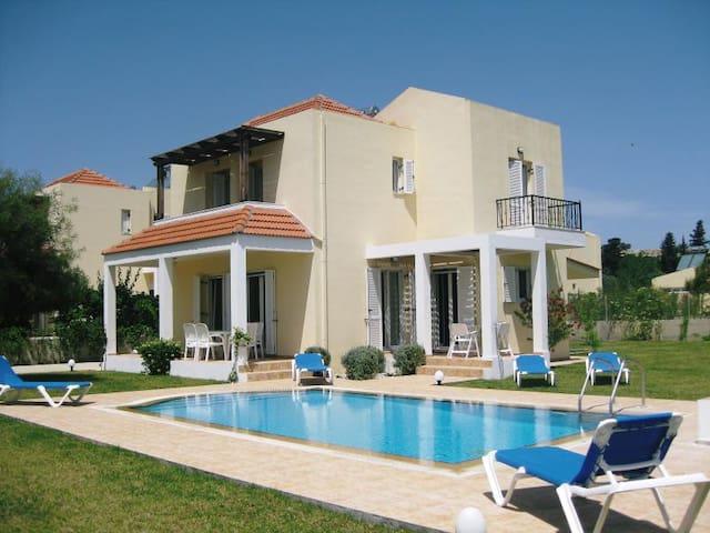 Luxury Villa with Swimming Pool near Kolymbia - Rhodes - Villa