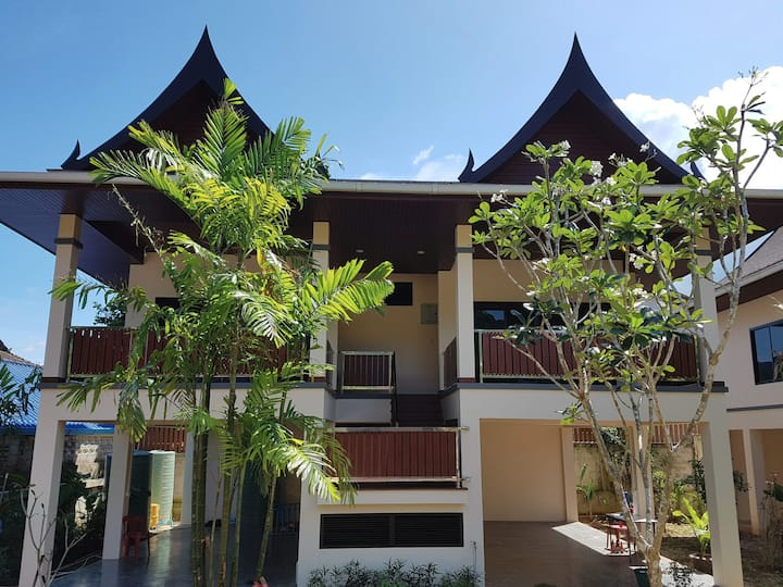 Chanapha Residence - Orchid Suites