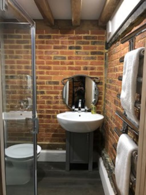 Shower room with amenities provided